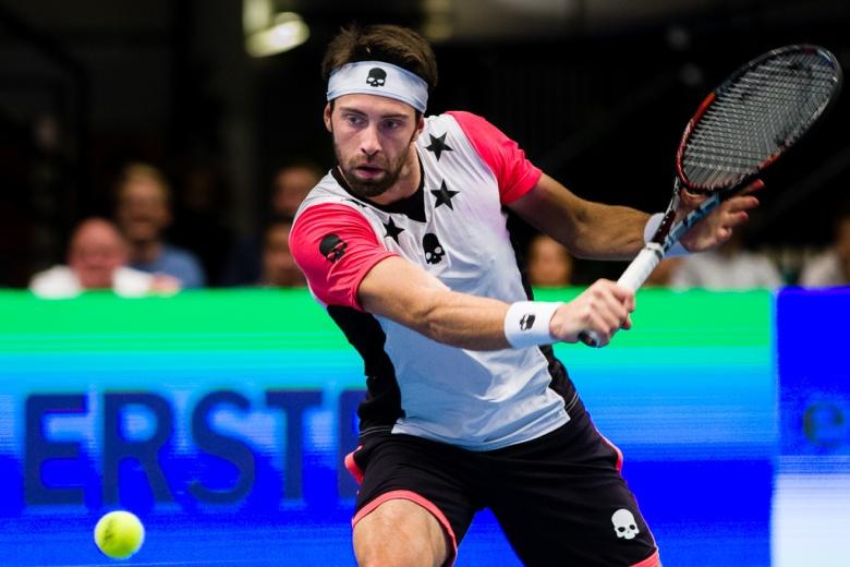 ATP_World_Tour_500_2016_N._Basilashvili_(GEO)_vs_T._Berdych_(CZE)-11.jpg